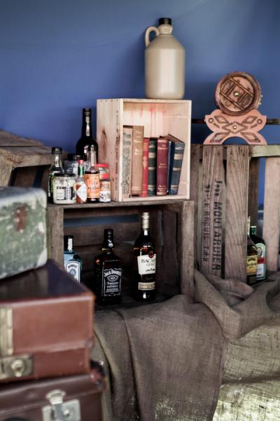 bootleg_liquor-5